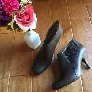 Kenneth Cole Reaction Ankle Boots Bootie Shoes